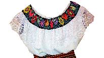 blusa en estilo tradicional tzeltal