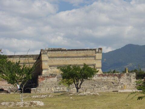 Mitla pyramid with grecas